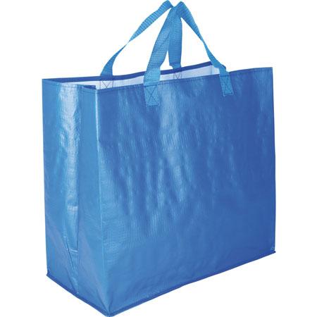 No te olvides una bolsa de rafia en el coche
